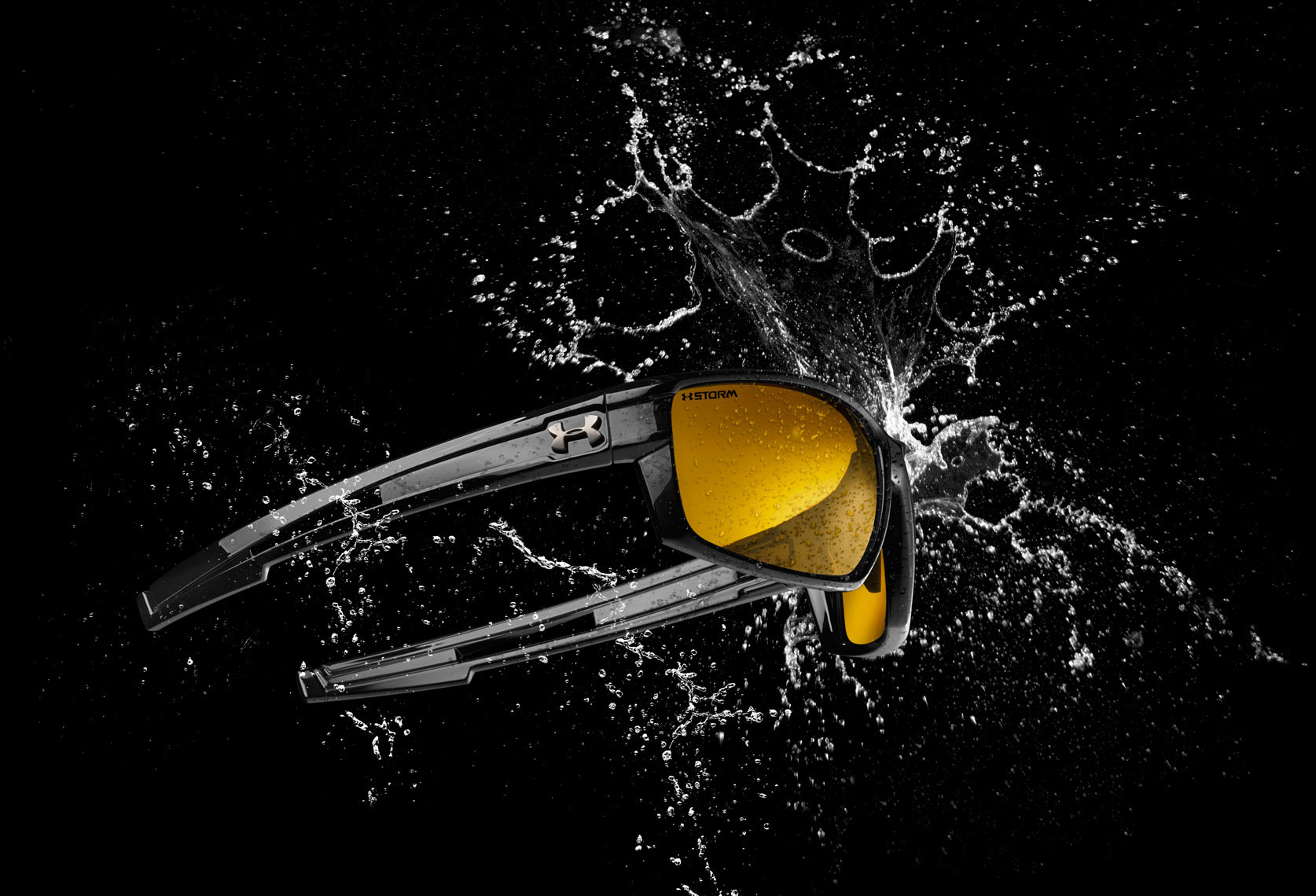 Accessories photography - Under Armour eyewear water splash